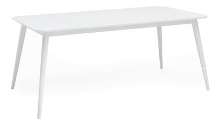 STINA-ruokapöytä