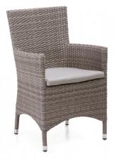 FIGO-tuoli käsinojilla